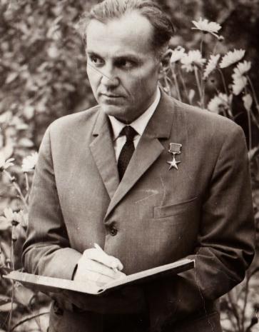 Краткая биография В.А. Сухомлинского